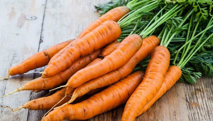carrots with the greens on